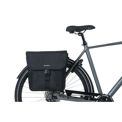 Basil GO - double bicycle bag - 32 liter - black