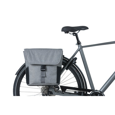 Basil GO – dubbele fietstas – 32 liter - grijs