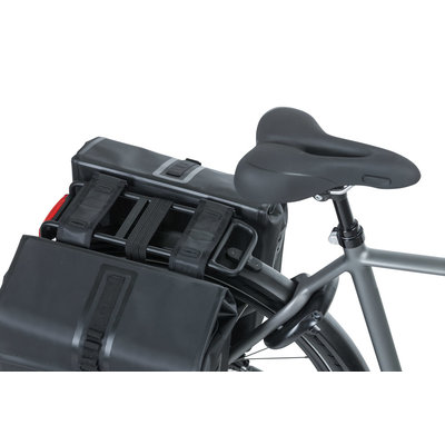 Basil Urban Dry - double bicycle bag - 50 liter - black