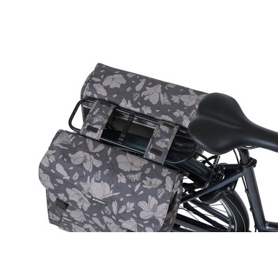 Basil Magnolia - doppelte Fahrradtasche - 35 Liter - blackberry