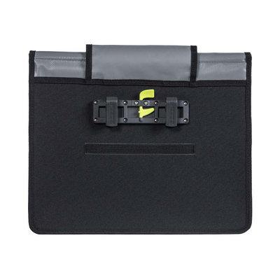 Basil Urban Load - bicycle messenger bag - 15-17 liter - grey