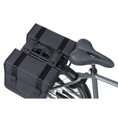 Basil Tour - dubbele fietstas MIK - 28 liter - zwart