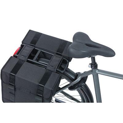 Basil Tour - dubbele fietstas - 28 liter - zwart