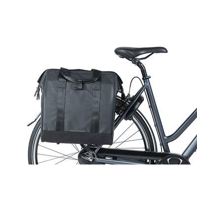 Basil Grand Tarpaulin - fietsshopper - 23 liter - zwart