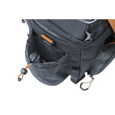 Basil Miles - Gepäckträgertasche XL Pro - 9-36 Liter - grau