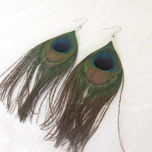 Janshop Pauwenveren oorbellen 11cm