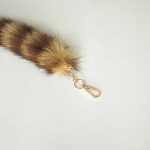 Vossenstaart sleutelhanger 26cm blond met bruine cirkels