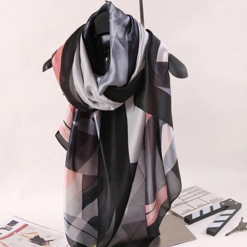 Janshop Grote Luxe Dames Sjaal Faux Zijden Grijs met Roze Print