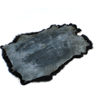 Janshop Konijnenvacht 45 x 32cm zwart geverfd