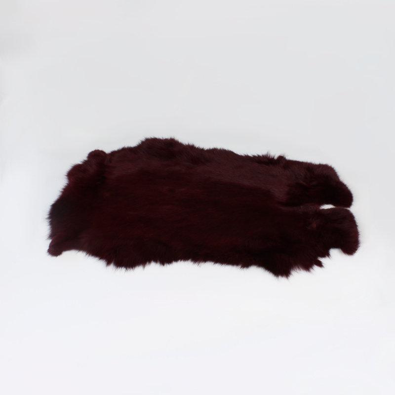 Janshop Konijnenvacht 40 x 30cm donkerrood geverfd