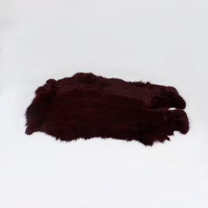Konijnenvacht 60 x 35cm donkerrood geverfd