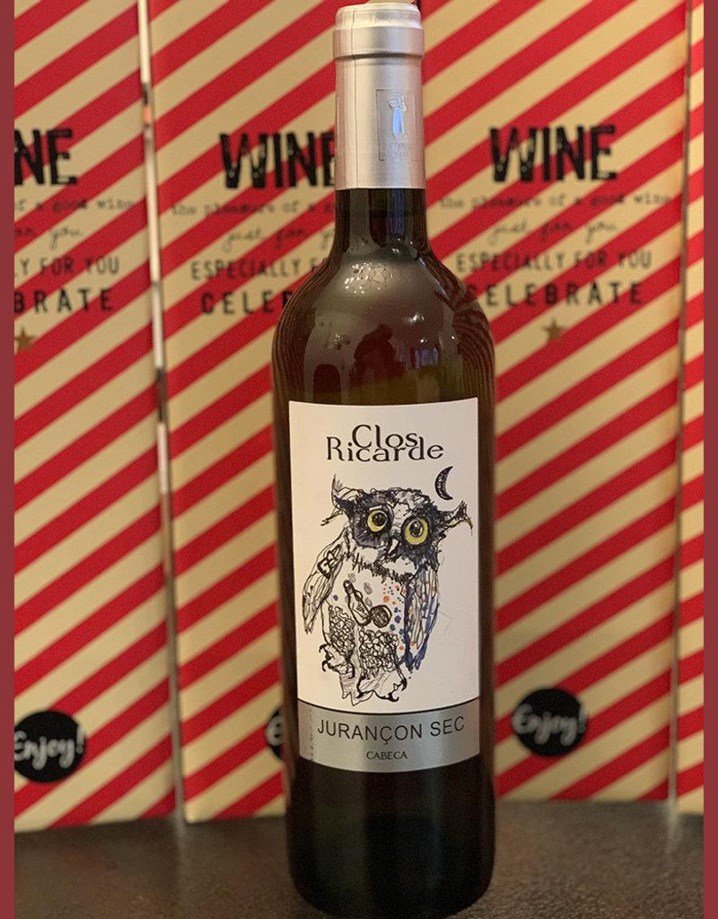 Wine bottle in gift box