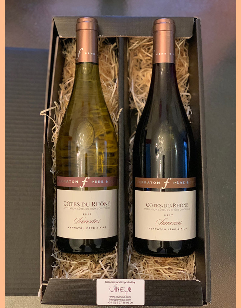 Gift set with 2 matching bottles