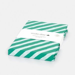 Studio ditte Hoeslaken strepen - groen / lichtblauw (200x90cm)