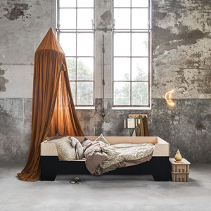 Little dreamers Dipdye bed zwart bobby 200 x 90cm