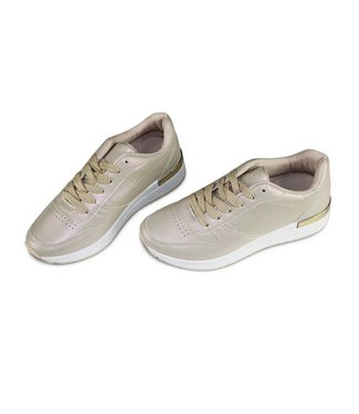 Miracles Sneaker Gold