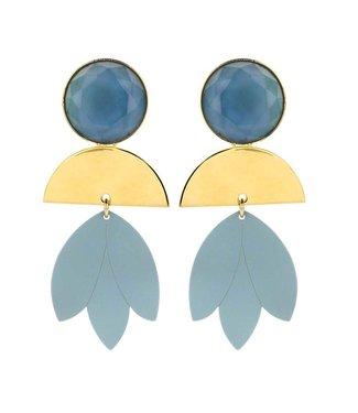 Souvenirs de Pomme statement earring jeans