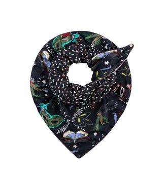 POM Amsterdam Sjaal Double Mysterious Masks y Katja