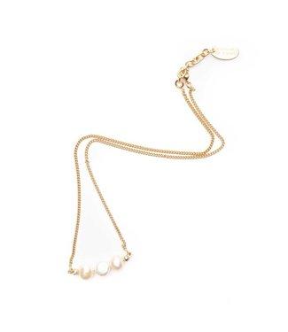 Souvenirs de Pomme Rosi 3 pearls necklace