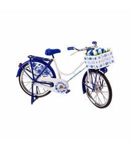 fiets delftsblauw met tulpen