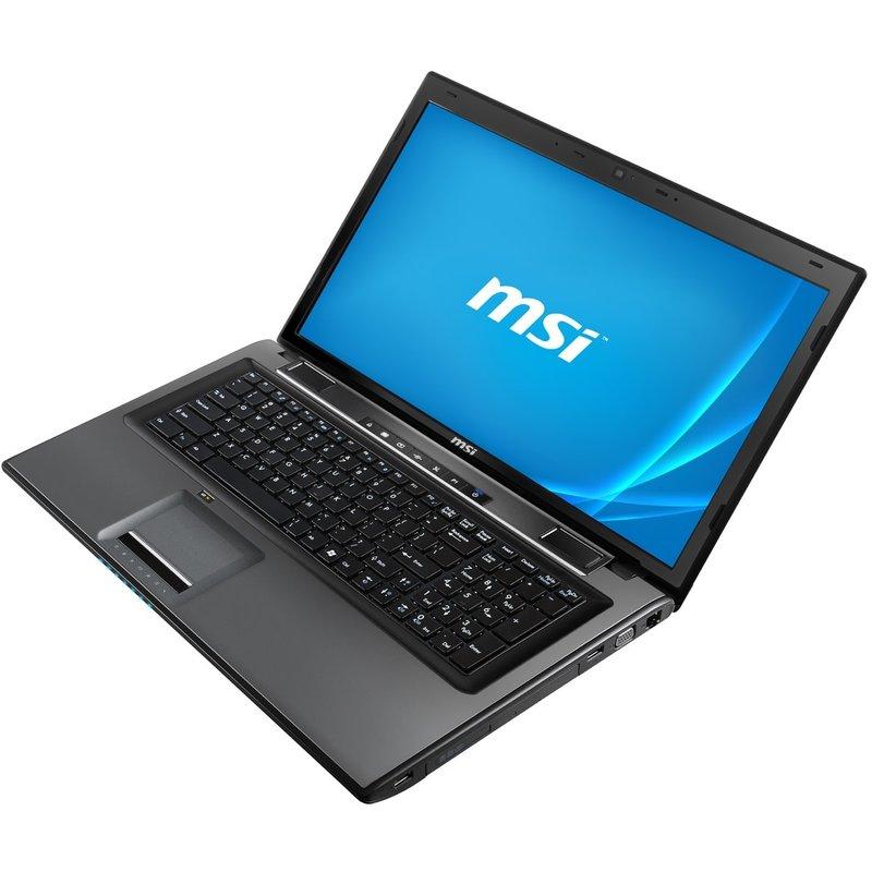 MSI CR70    17,3 inch    1366x768   4GB  DDR3   120GB SSD