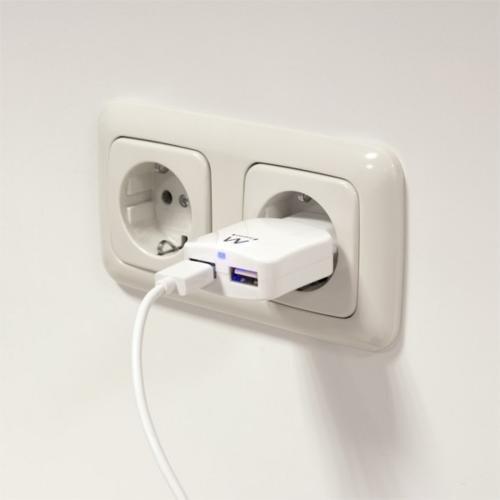 Ewent USB Charger 110-240V 2 port smart charging 2.1A