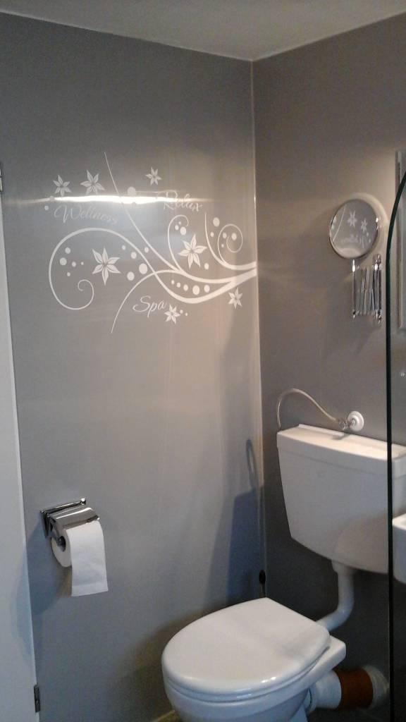 Wandverkleidung für's Bad