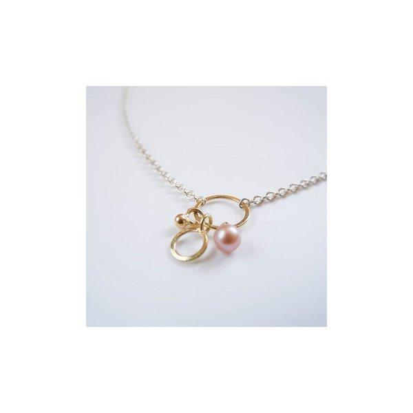 vanNienke Zilveren collier met gouden oogje, hangertje en pareltje
