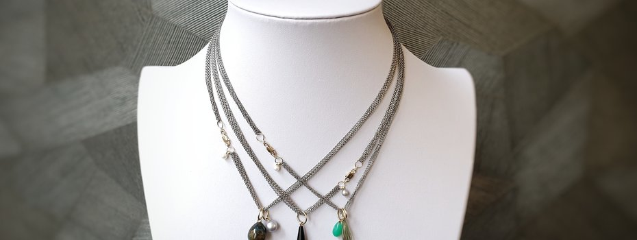 De nieuwe G.S.E. sieraden collectie vanNienke, Goud Staal en Edelstenen