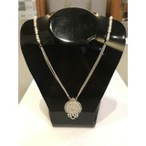 vanNienke Ornament-parel collier van 295 euro nu voor