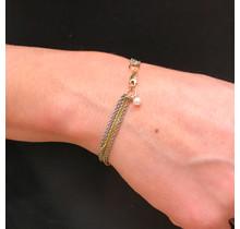 G.S.E. Armband 1 x geel gouden ankerketting en 4 edelstaal ankerketting met gouden sluiting Zwart