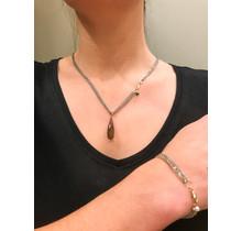 Lockdowndeal vanNienke ; GSE Collier met rookkwarts hanger,  oorhangers en armband