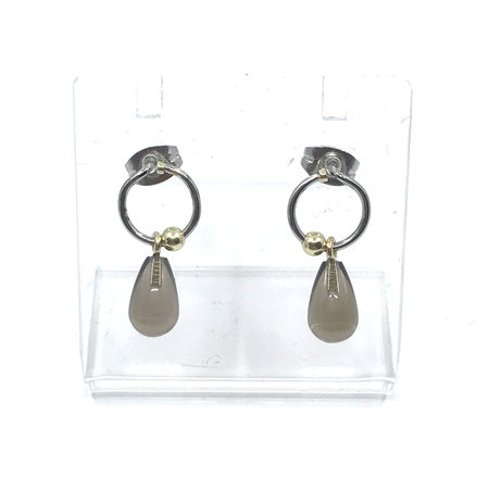vanNienke Lockdown deal: Complete set GSE sieraden. Collier met gouden ankerketting en rookkwartshanger, armband en oorhangers met rookkwarts.