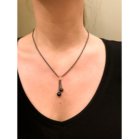 vanNienke Parelwaterval collier met zwarte parels