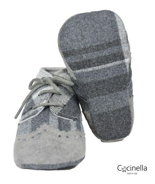 Schoentjes  Il Gufo M17