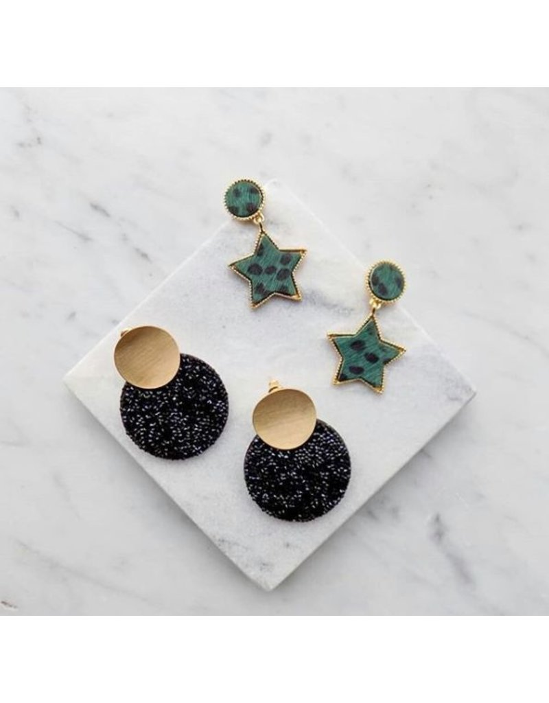Oorbel - Green furry star