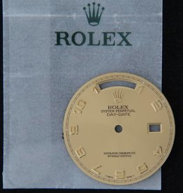 Rolex  Day-Date Dial Champagne 118238