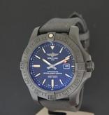 Breitling Breitling Avenger Blackbird V17310