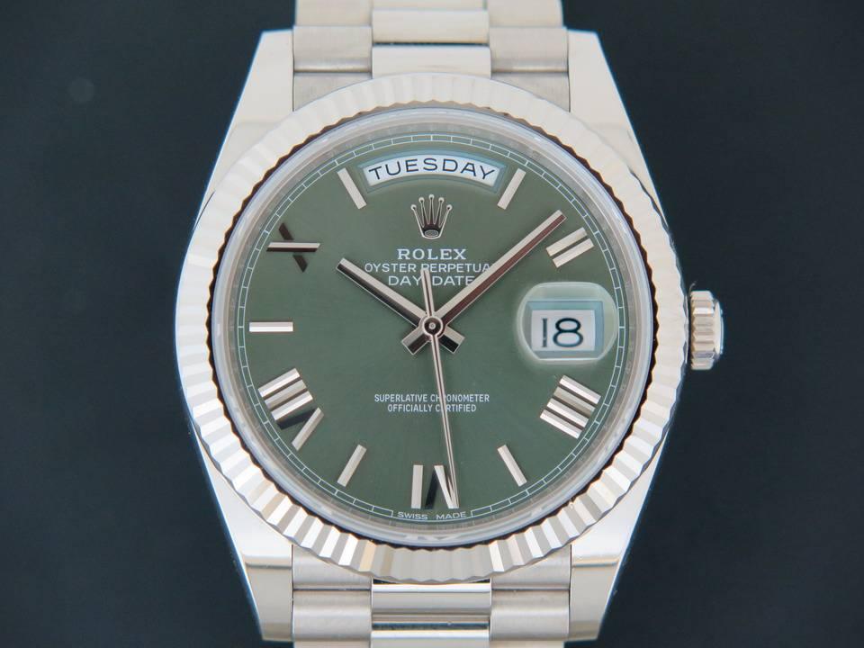 Rolex  Rolex Day-Date 40 Whitegold  228239