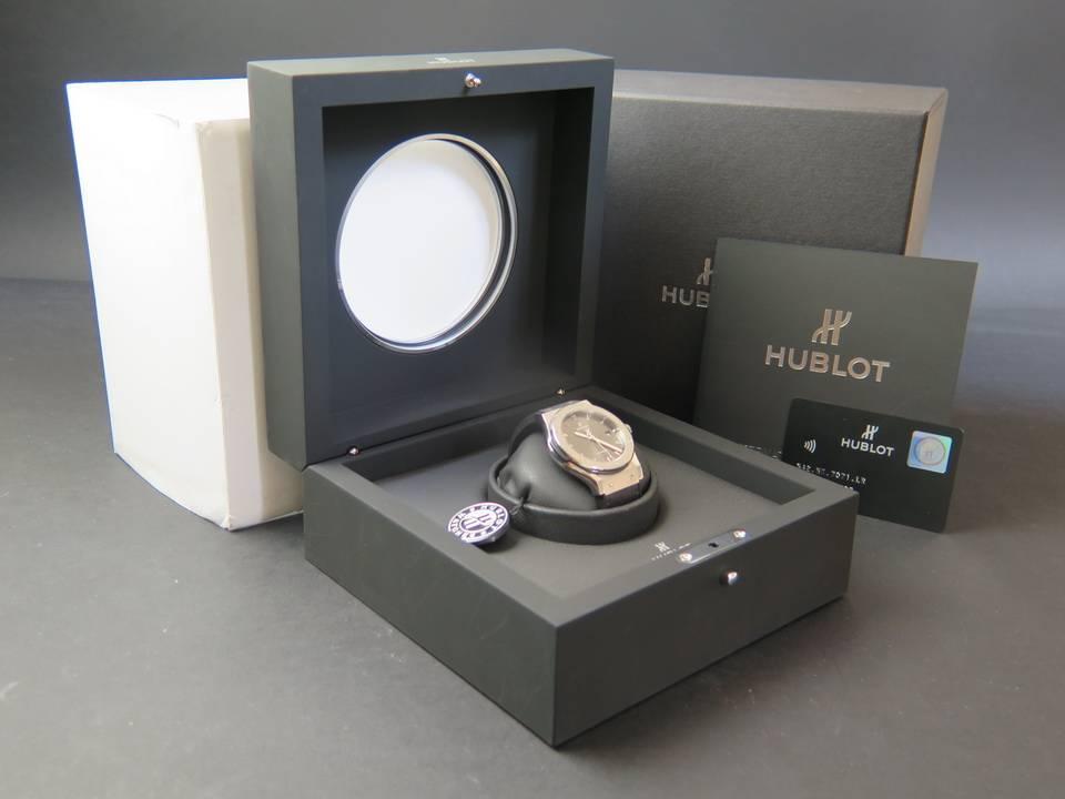 Hublot Hublot Classic Fusion Racing Grey Titanium 42mm