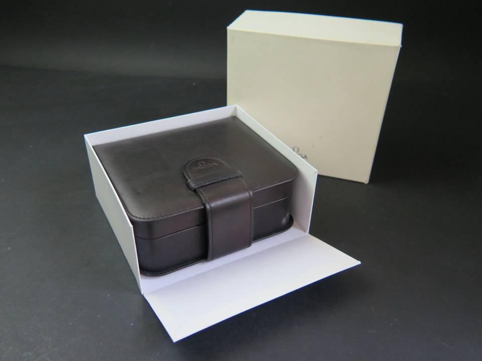 Omega Omega Speedmaster Box