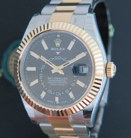 Rolex  Sky-Dweller Gold/Steel Black NEW 326933
