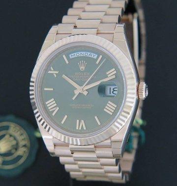 Rolex  Day-Date Everose 228235 NEW