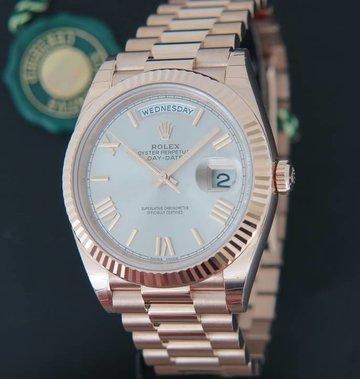 Rolex  Day-Date Everose Sundust Roman Dial  228235 NEW