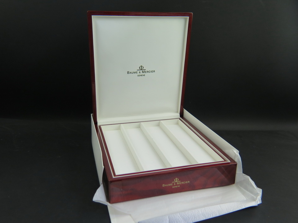 Baume & Mercier Baume & Mercier Big Box for 4 Watches