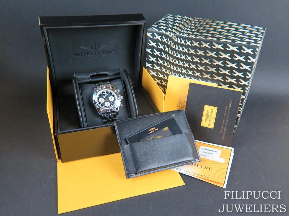 Breitling Breitling Chronomat 44 Black Dial NEW AB011012