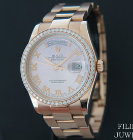 Rolex  Day-Date Everose 118205