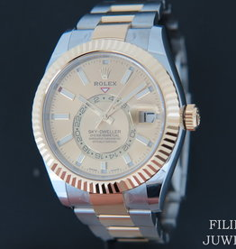 Rolex  Sky-Dweller Gold/Steel Champagne NEW 326933