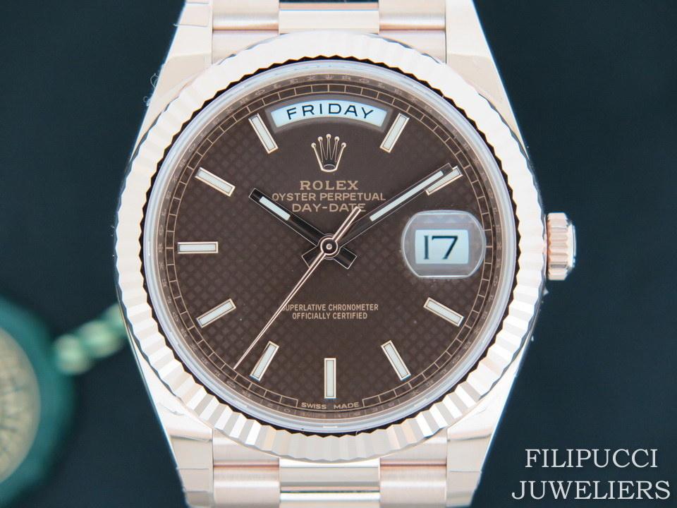 Rolex  Rolex Day-Date Everose Choco Dial 228235 NEW IN STICKERS