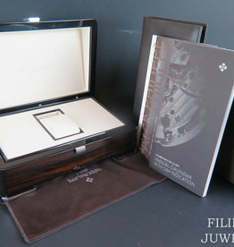 Patek Philippe Box with booklets